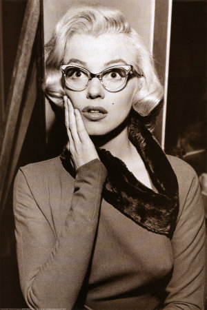 marilyn monroe cat eye glasses