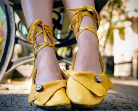 These buttoned ballet flats are bring a little sunshine into your day! (image lushlee.com)