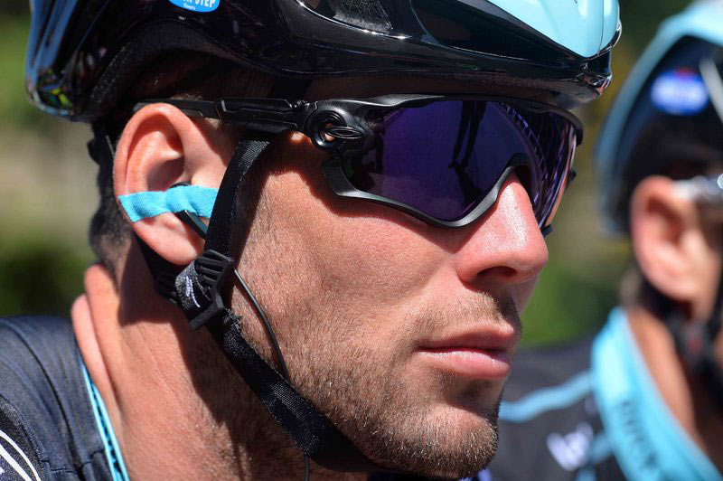 What Sunglasses Does Mark Cavendish Wear?III