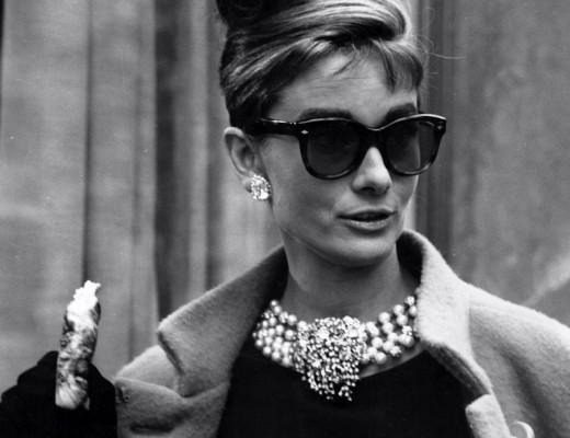 audrey hepburn breakfast at tiffanys sunglasses