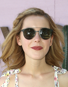 kiernan shipka at coachella 2016 in round aviator shades